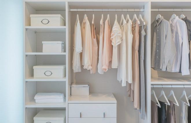 ファッション中毒の女性編集者が「服を買わない生活」で気づいた 本物の「おしゃれ」とは?