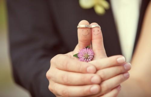 5組に1組のカップルが、持ち出し金なしの「ゼロ婚」を挙げている