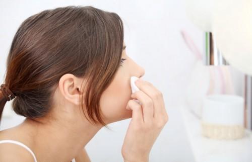 やっぱり化粧水はコットンでつけるべき?皮膚科医が教える「30歳からのスキンケア」