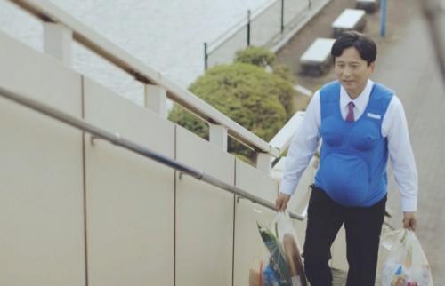 九州男児は日本一家事をやらない? 3県の知事が妊娠7ヵ月の妊婦を体験