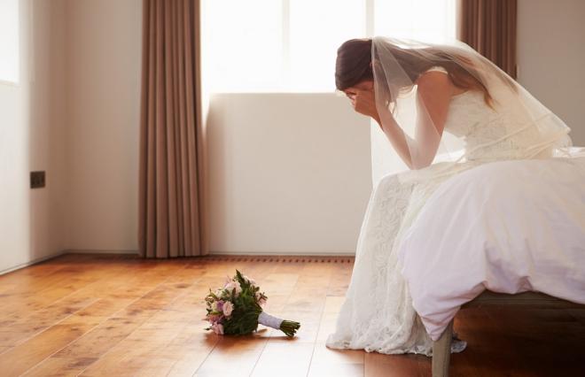 待ちに待った結婚式なのに…! 4割超の新婦が後悔したことは?