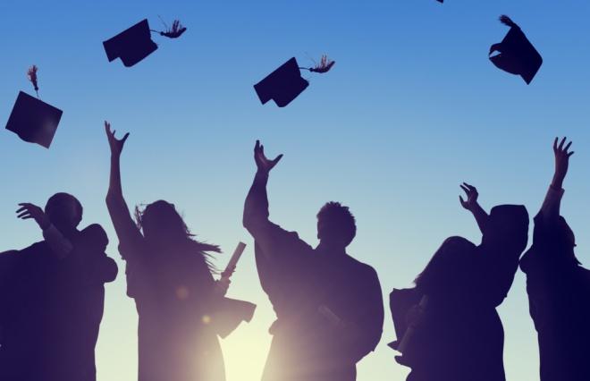 高学歴女性は幸せになれないの? 彼女たちを追い詰める3つの負担