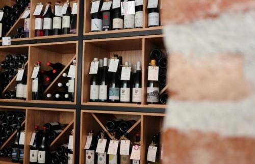 """帰省時の手みやげに""""自然派ワイン""""を…「気がきく」と一目置かれるワイン5選"""