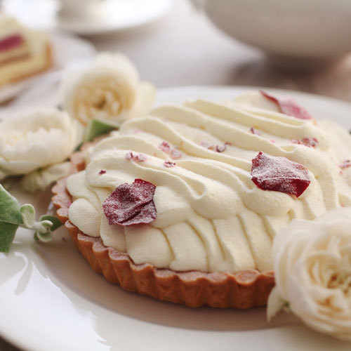 花咲くローズチーズタルト 価格:3,600円