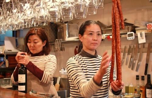 40代、女ふたりで始めたレストラン ソムリエとしてシェフと二人三脚で