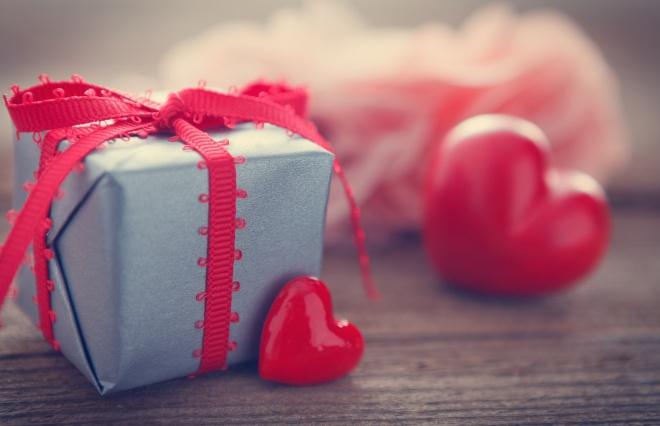 チョコを贈る相手、3位は「恋人」、2位は「友達」、1位は驚きの…?【バレンタイン調査】