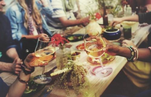 飲んでも翌日はベストコンディション。オトナ女性のための賢いお酒の飲み方