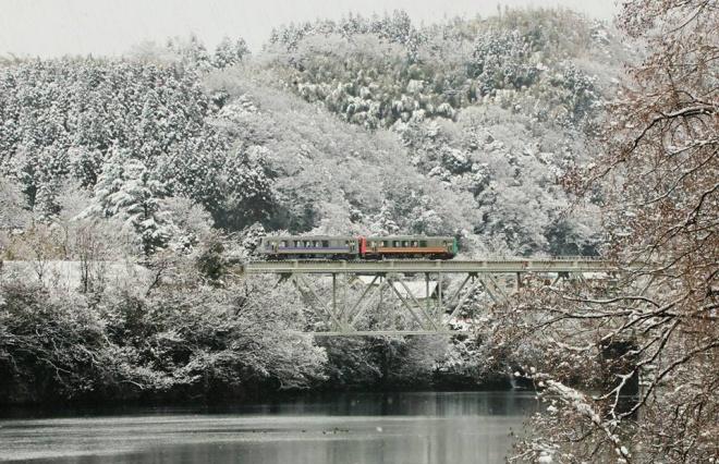 """東京の「なまぬるい冬」と地方の「雪の洗礼」 本当の美しさは""""厳しさ""""にある"""