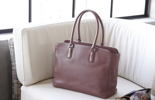 春だから仕事カバンを買い替えない? 使うほどに愛着が湧くレザーバッグ