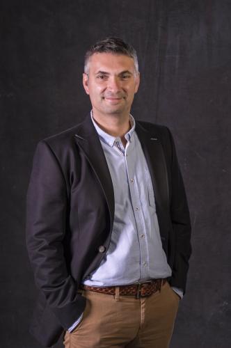 ボルドー5大シャトーのひとつ、シャトー・ラフィット・ロートシルトを擁するワイナリー・グループ、ドメーヌ・バロン・ド・ロートシルトの醸造責任者、オリヴィエ・トレゴワ氏。