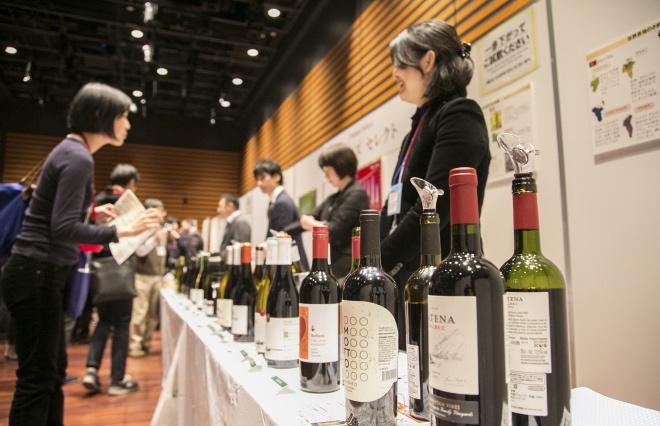 約100種類の逸品ワインが大集合 3.11復興チャリティ試飲会レポート