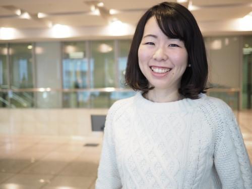 コンセプトストーリー・プランナーとして活動する浜本晴菜さん。人、モノ、場所が持つ想いをターゲットに届けるための言葉づくりをしている。