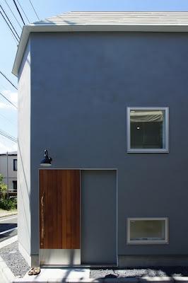 ショップにもなっている塚本さんの家の入口