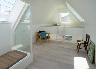 3階のロフトスペース。普段は寝室として使っている