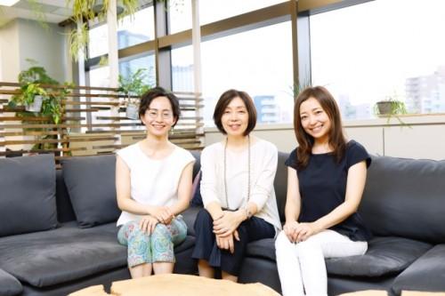 左から、鈴木、浜田さん、海野P
