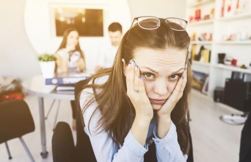 転職を繰り返すのは悪いこと?「辞める」かどうかの見極めポイント【DJあおい】