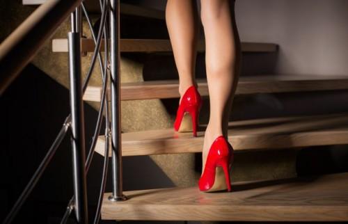 他人から与えられる優越感は甘い罠…「仕事も愛も手にしたい女」の悲鳴