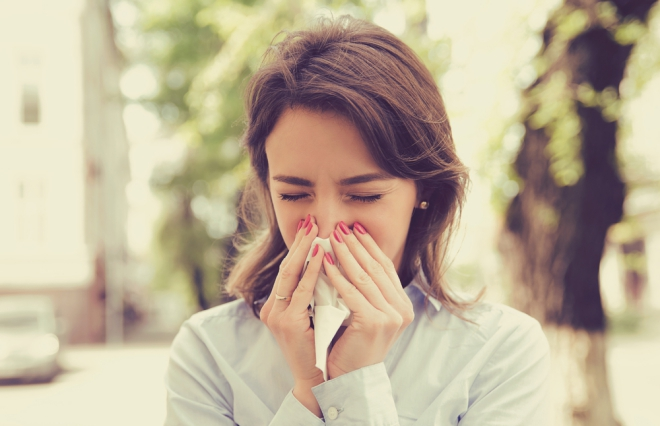 この鼻水は花粉症? 風邪? 見分ける方法とは【耳鼻咽喉科専門医が教える】