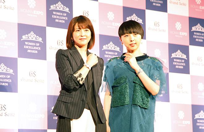 森高千里さん(左)とMIKIKOさん(右)