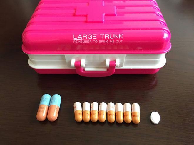 服用している免疫抑制剤。決められた時間に決められた量を確実に服用する。移植腎を元気に保つルール