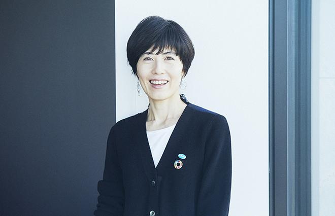 「かわいい女子であれ」という不文律 小島慶子さんに聞く、テレビ業界の女性へのまなざし