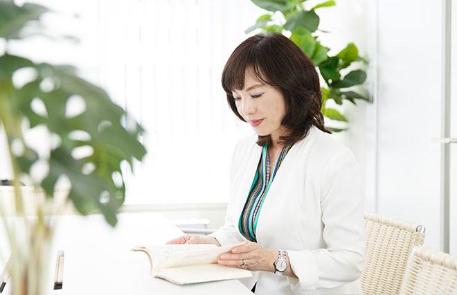 遠慮しがちで頼り下手な貴女へ 戸田久実さんに聞く「大人の女性のお願い力」