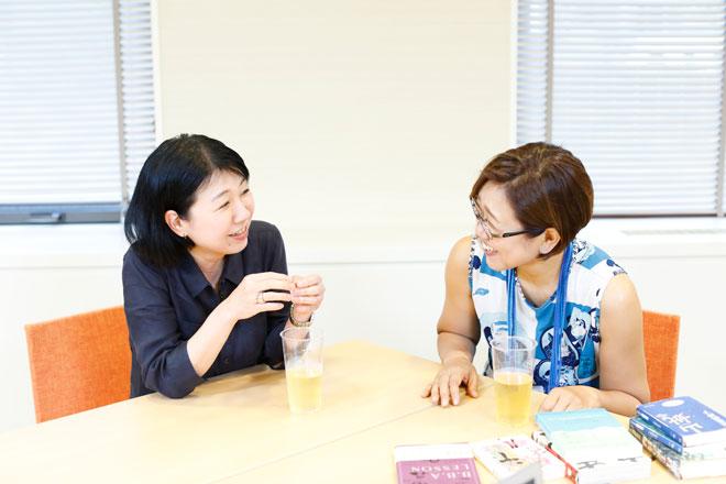 安彦さん(左)と吉田さん(右)