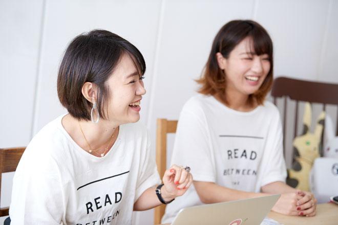 道満さん(左)と松崎さん(右)