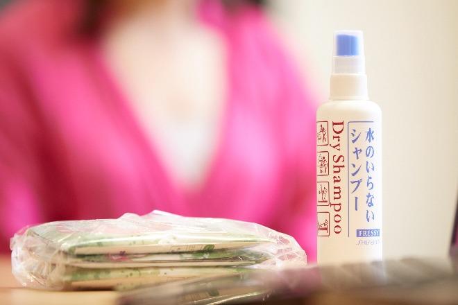 防災ガール・田中さんは、日常のイライラを解決するグッズを携帯して、防災を日常化。