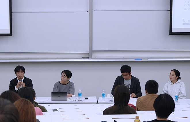 (左から)梅田さん、鈴木、武田さん、haru. さん
