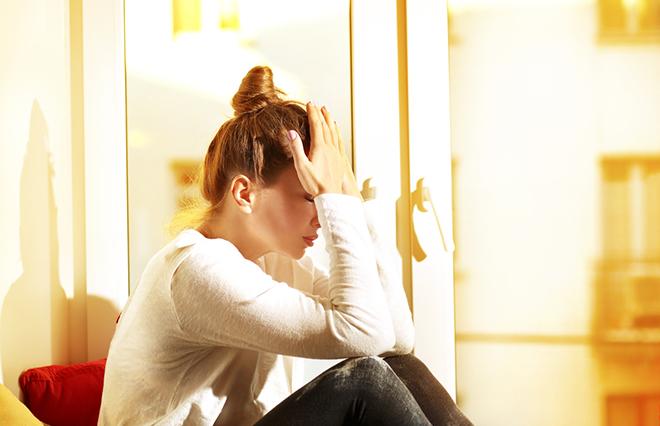 この気分の落ち込みは…? 「憂うつな気分」と「うつ病」の違い【心療内科医が教える】