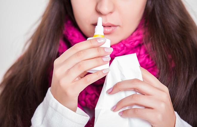 鼻水、鼻づまりが治らない! 市販の点鼻薬の過剰使用が原因かも【耳鼻咽喉科専門医に聞く】
