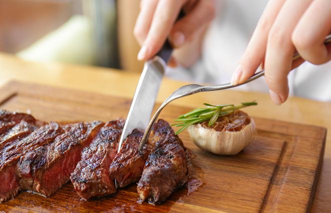肉や魚は1日にどれぐらい食べていい? 糖尿病専門医が教える「手ばかり法」とは