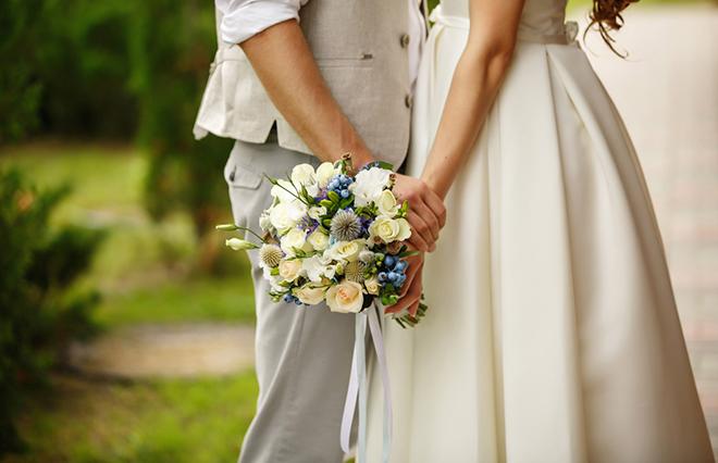 「交際を経てからの結婚」を信じてる貴女へ 山ちゃん&蒼井優の結婚会見から思うこと