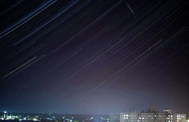 不倫でボロボロの友人と…見上げた空に流れ星。それはキッスのタイミング?