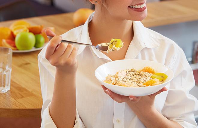 不溶性食物繊維ばかりはNG…便秘対策で「してはいけない」こと4つ・食事編【臨床内科専門医が教える】