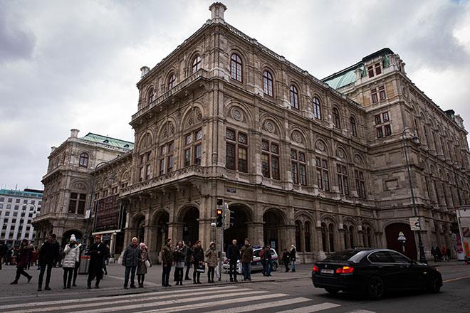 モーツアルトのオペラも多く上演されるウィーン国立歌劇場。ウィーン国立バレエ団の本拠地でもある