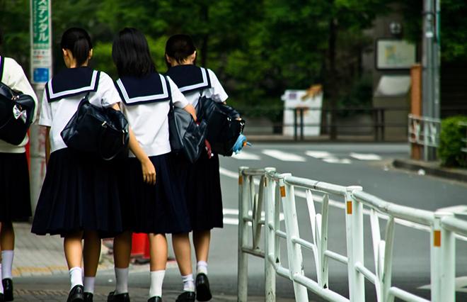 コロナ禍が突きつけた「みんなで」の限界…9月入学よりも大事なこと【不登校新聞編集長】