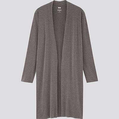 エアリズムシームレスUVカットロングカーディガン(長袖)/1,990円(税抜、以下同)