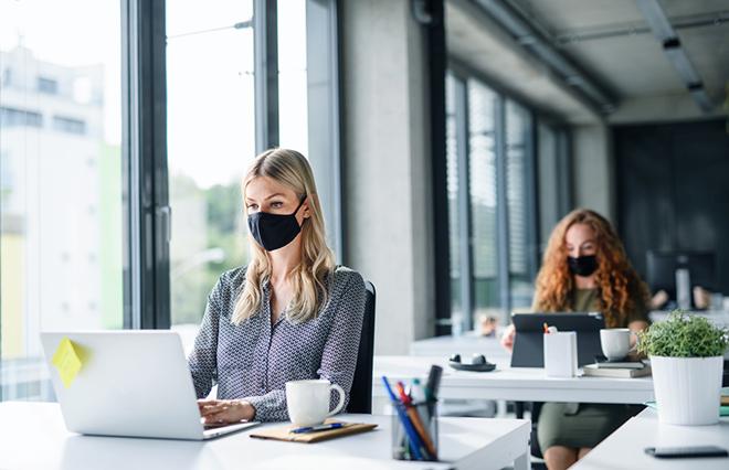 マスクで肌荒れ、あせも…セルフケアのポイントは【臨床内科専門医が教える】