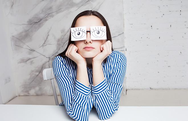 テレワークで「サボってると思われてる?」 20代の2人に1人がストレスを実感