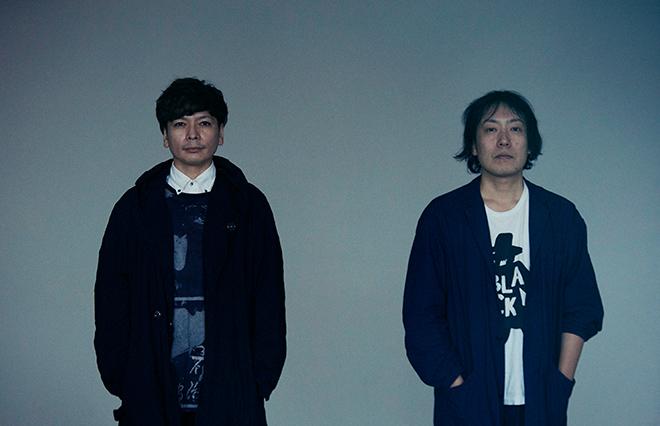 小説『三人』を出版した桝本壮志さん(左)と燃え殻さん
