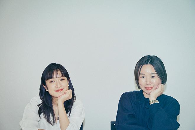 門脇麦さん(左)と岨手由貴子監督