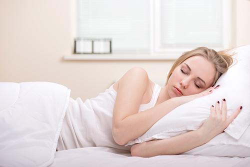Beautiful,Girl,Sleeps,In,The,Bedroom