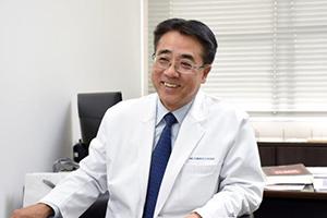 三輪洋人医師