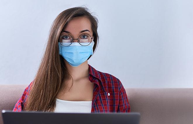 マスク生活・在宅勤務で気になり始めた肌悩みは?【600人の働く女性の声】