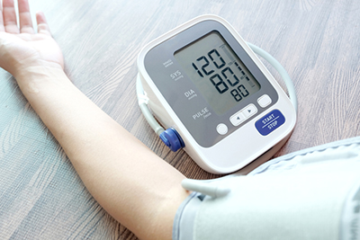 Human,Check,Blood,Pressure,Monitor,And,Heart,Rate,Monitor,With